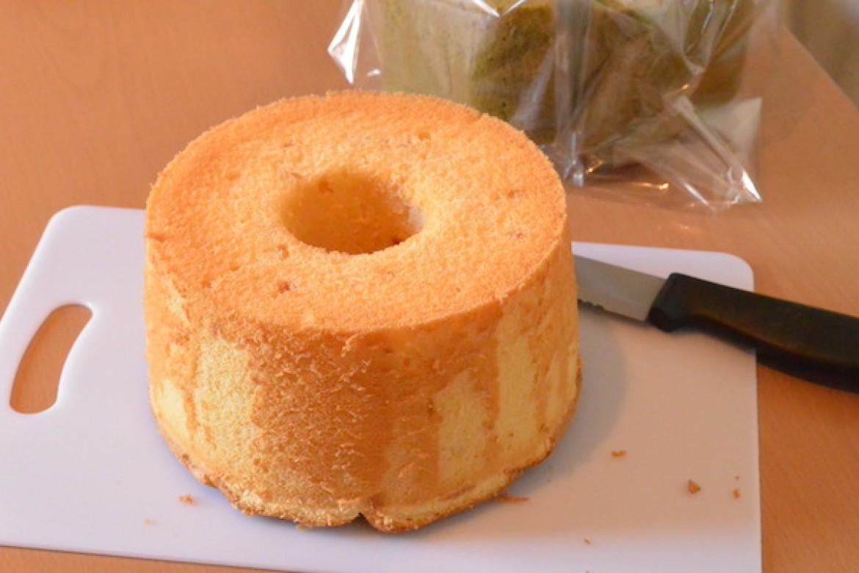 柑橘系の香りがさわやかなオレンジシフォンケーキ