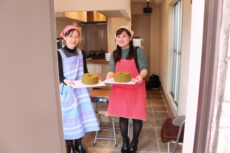 基礎クラス 抹茶シフォンケーキ、京都のお抹茶を使用してふわふわに焼き上げます