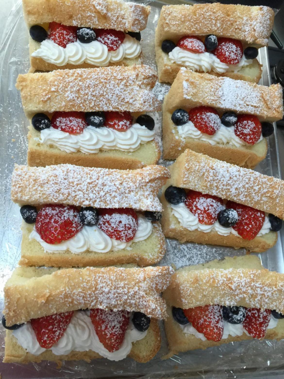 シフォンケーキ教室ご参加の方から、シフォンケーキのお写真お送り頂きました♪