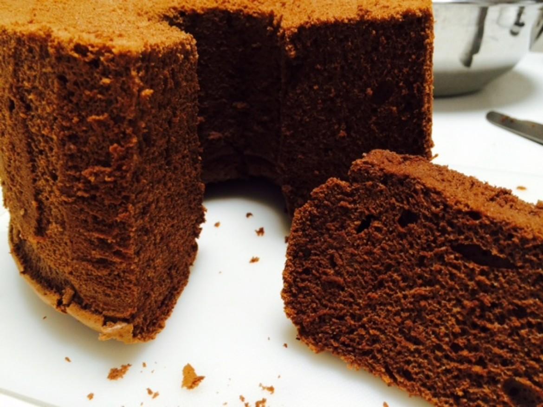 季節限定シフォンレッスン、2月は「濃厚チョコレートのふわふわシフォンケーキ」です
