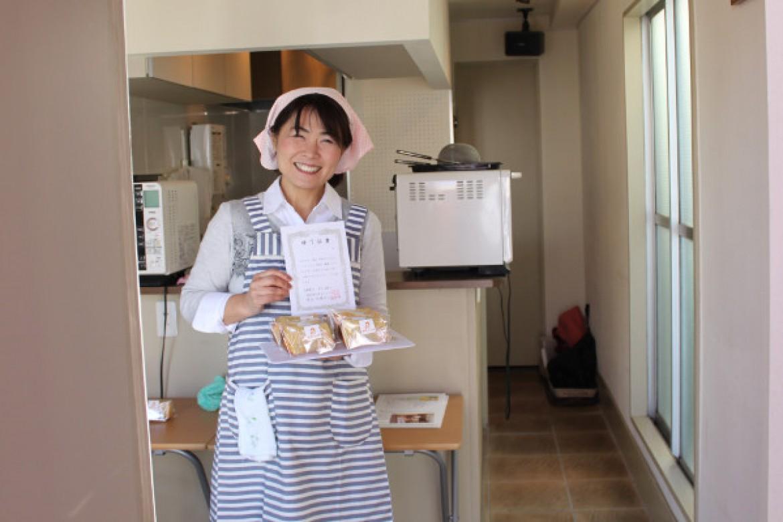 青山 天使のしふぉん シフォンケーキ教室 修了おめでとうございます。バナナシフォンケーキ、大成功です!