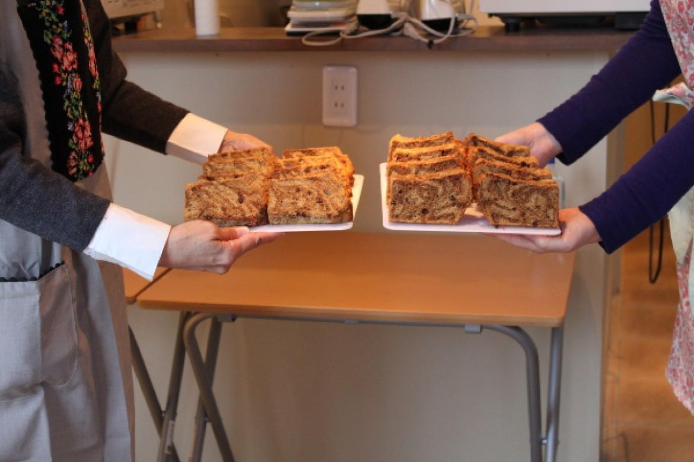 珈琲マーブルチョコチップシフォンケーキ、きれいなマーブル模様できました!