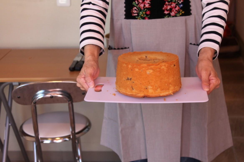 応用クラス ワインシフォンケーキ、赤ワイン香る大人のシフォンケーキです